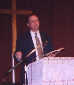 Rev. Daryl Densford preaching in Argentina