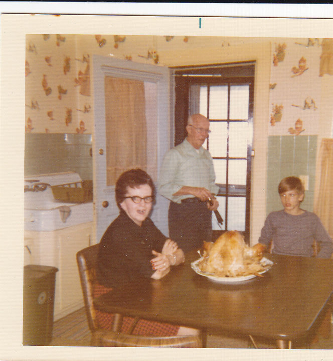 Thanksgiving, Family and Pop Wylies (2/5)